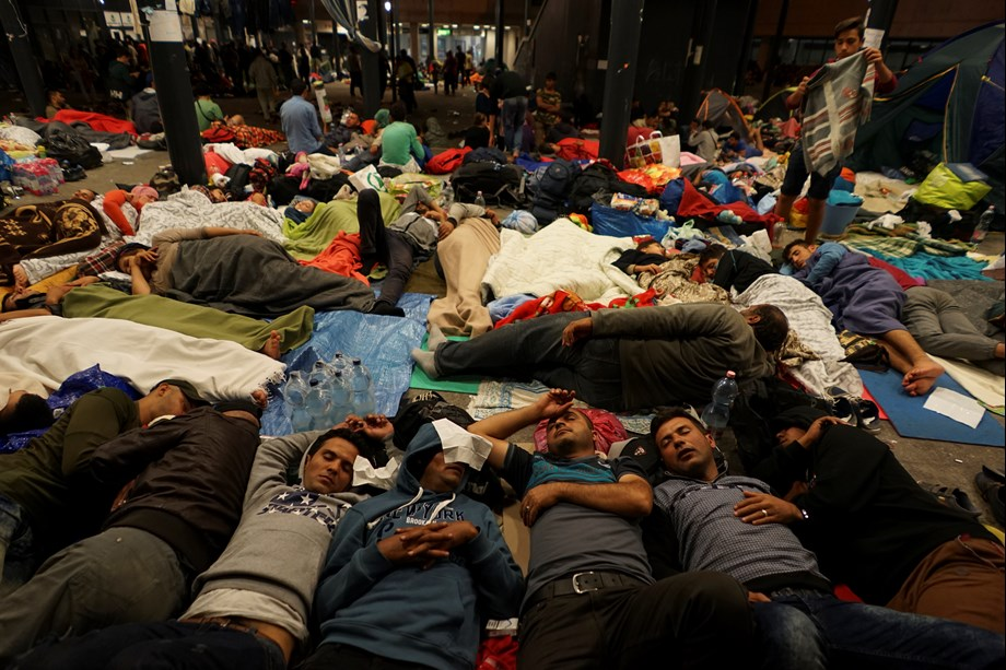 Turkey stops registering Syrian refugees: Human Rights Watch