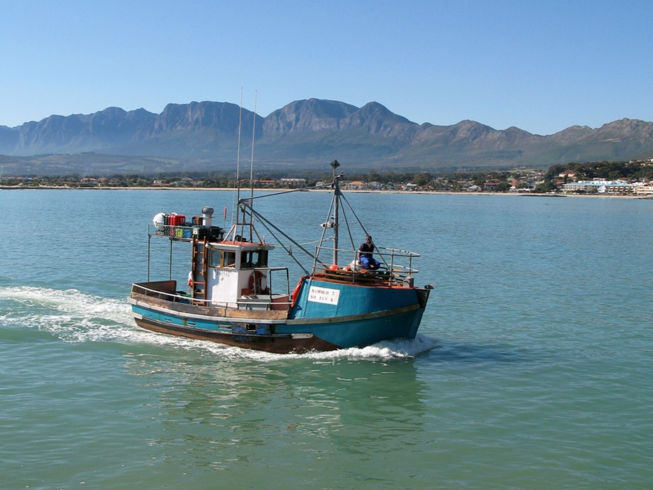 Fishing vessel detained for violating ILO convention of working standards onboard