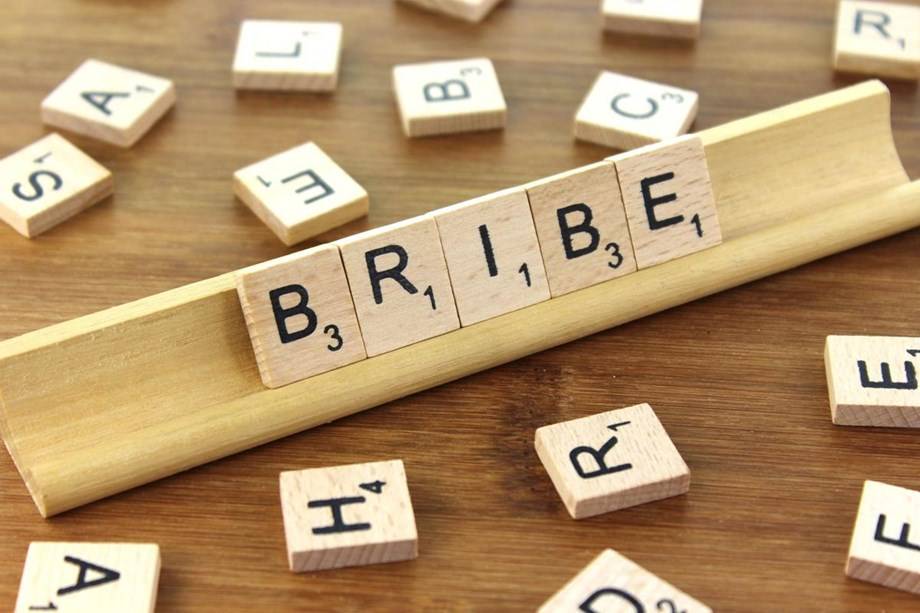 25 pct households admit to paying bribe, says India Corruption Study