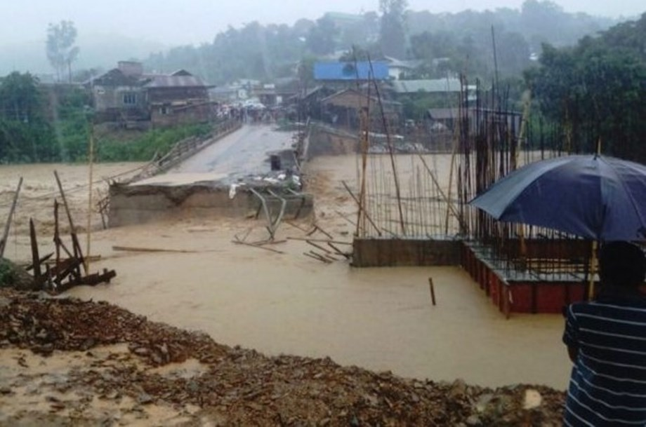 Manipur govt to build 20-30 houses for flood-hit people per constituency