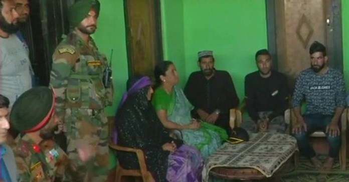 Sitharaman meets martyred jawan's family in Poonch