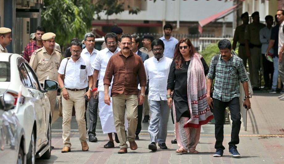 For party registration query Kamal Haasan meets EC officials