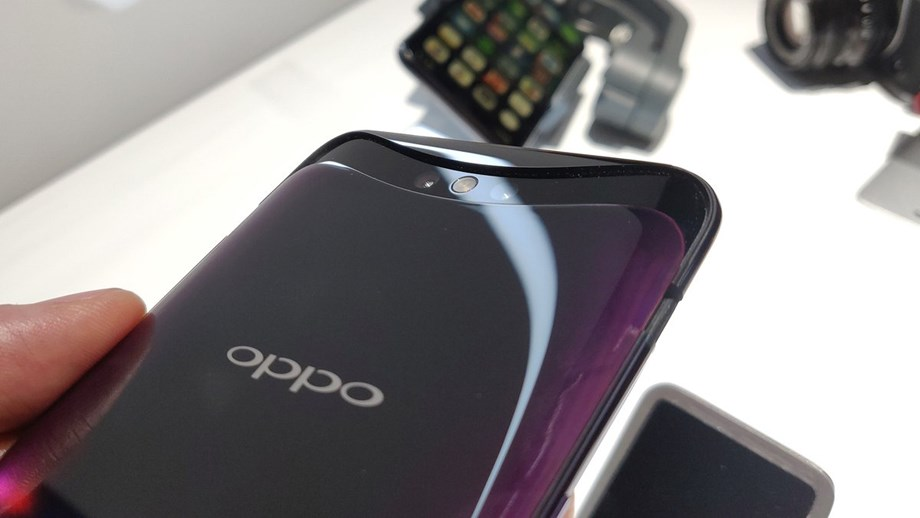 Oppo looks to strengthen position in premium smartphone segment