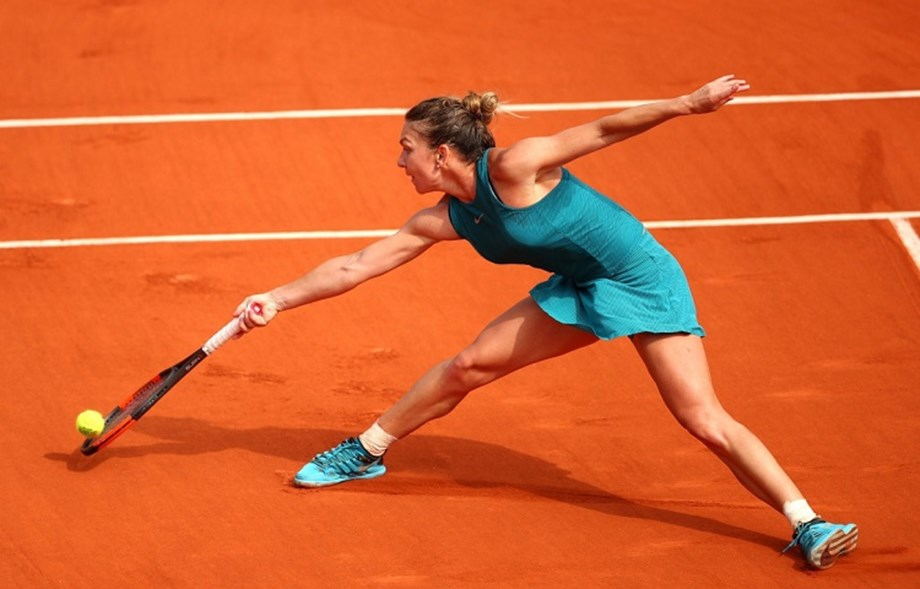 Halep withdraws from Eastbourne to rest ahead of Wimbledon