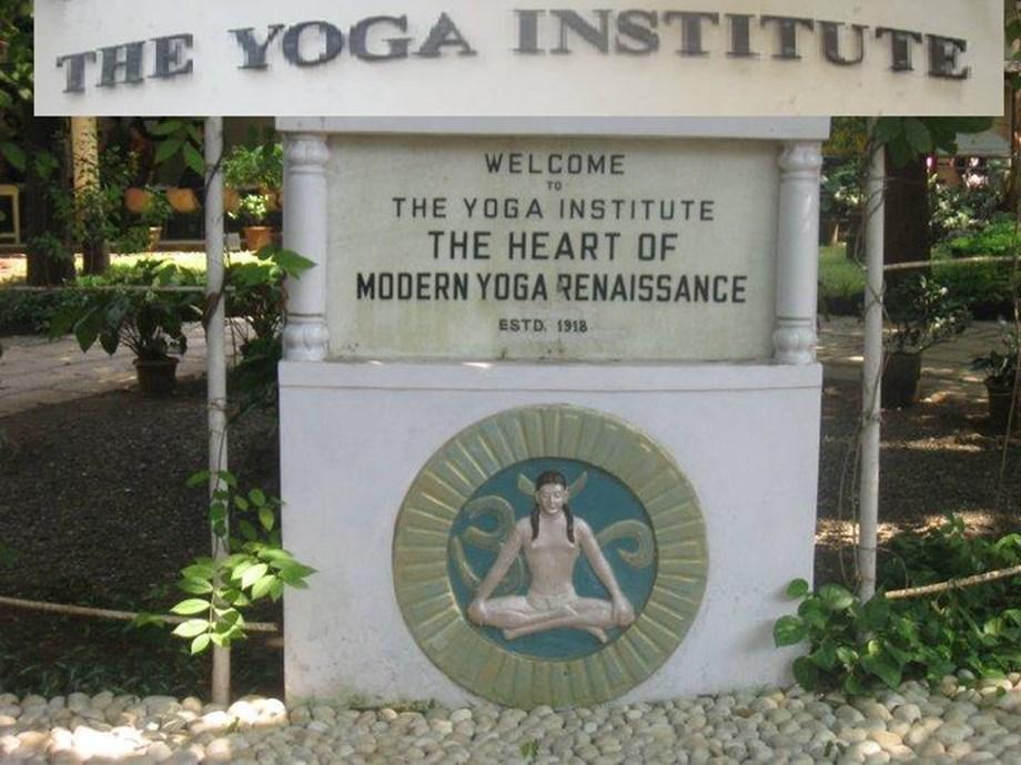 Vishwas Mandalik in Nasik, Yoga Institute in Mumbai recipients of PM award