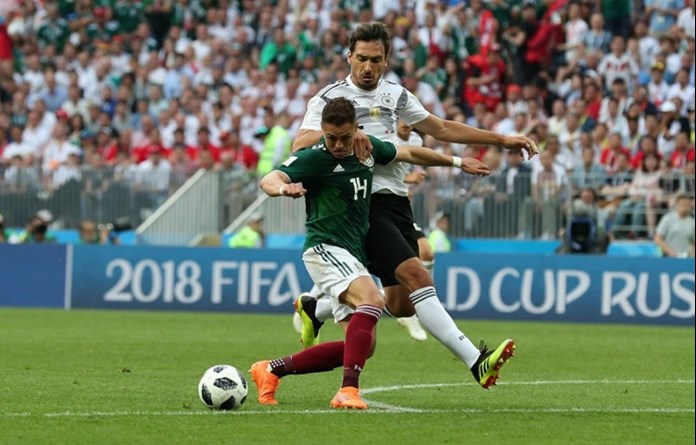 Stop the homophobic chanting, Hernandez pleads with Mexico fans