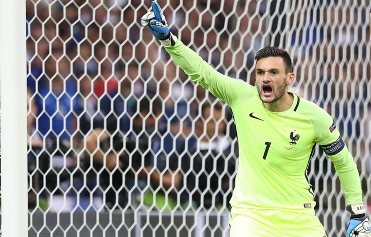 Skipper Lloris tells French team to soak up pressure and deliver