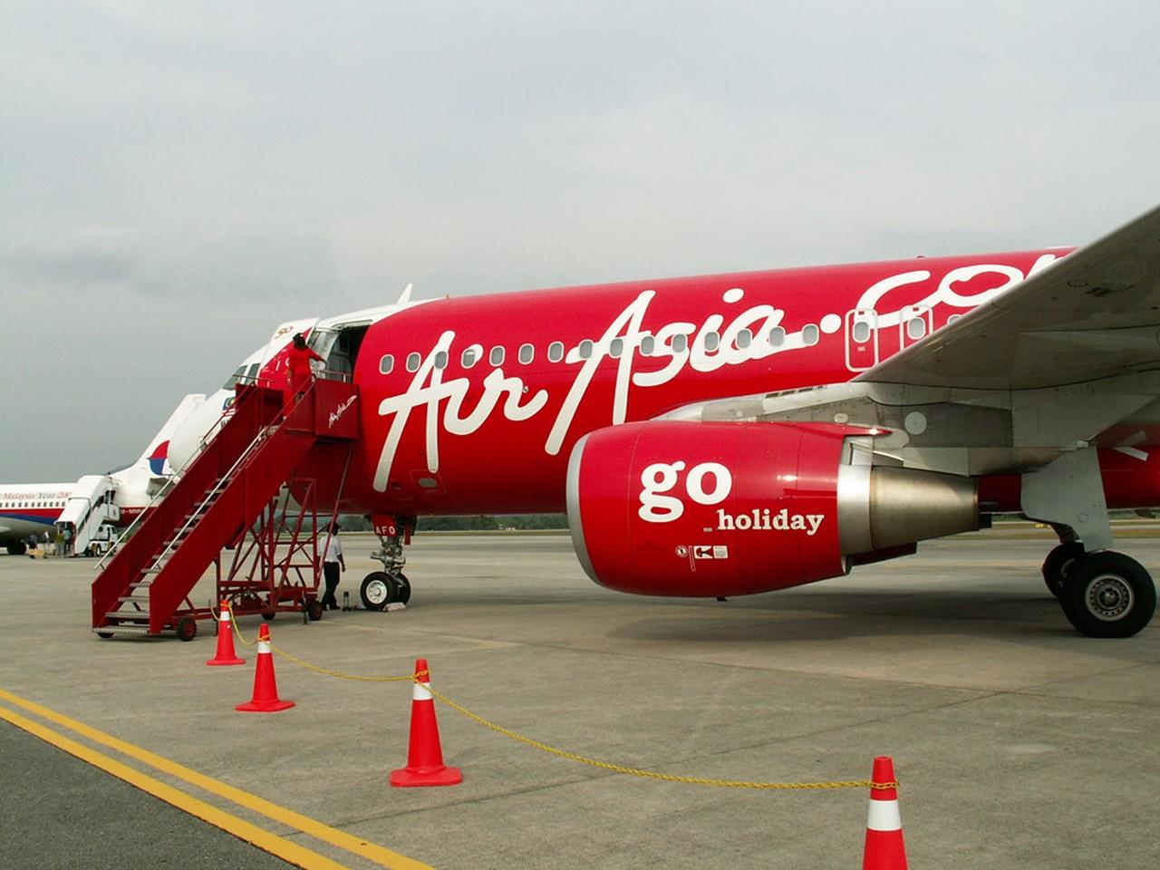 AirAsia India flight delayed; passenger complains of ill treatment