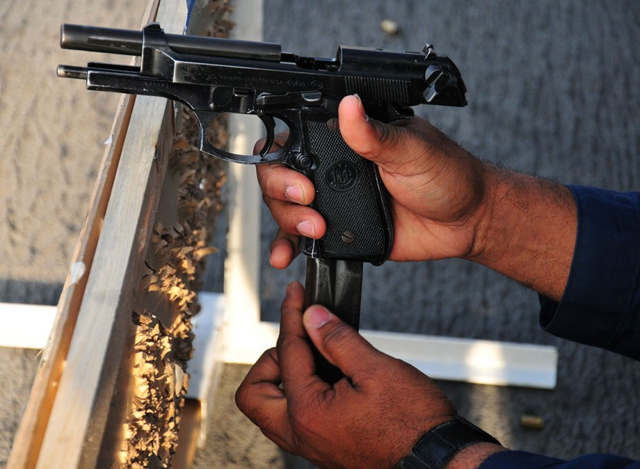 Woman opens fire at auto driver following minor quarrel