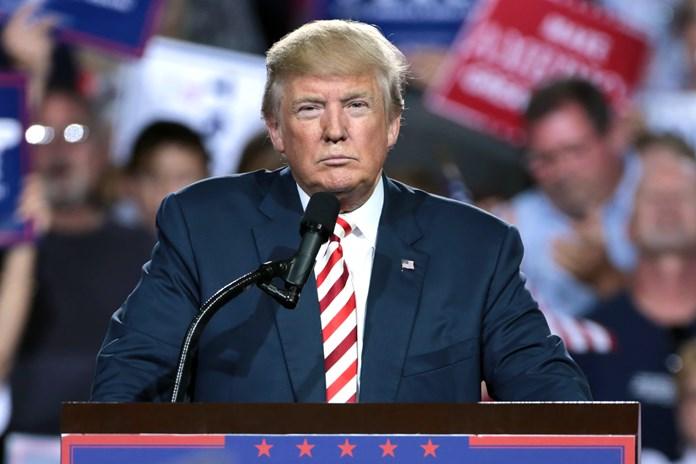Trump orders halt to family separations