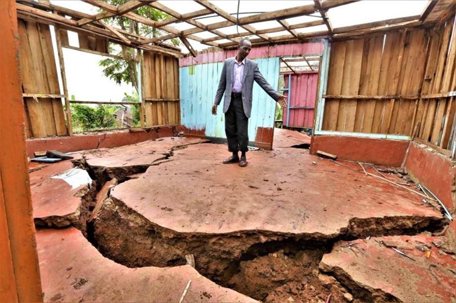 Landslide kills two Nepali labourers in Chamoli district
