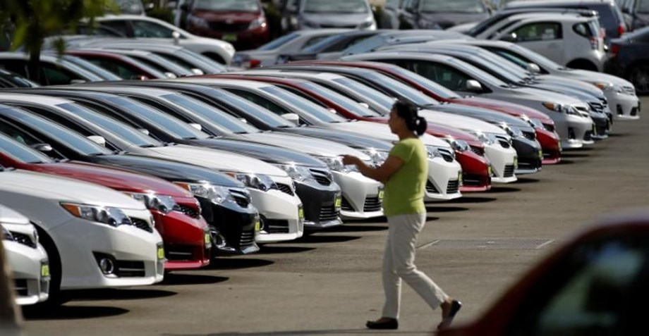 US auto tariffs would cut EUR 6 bn from German GDP, says DIHK