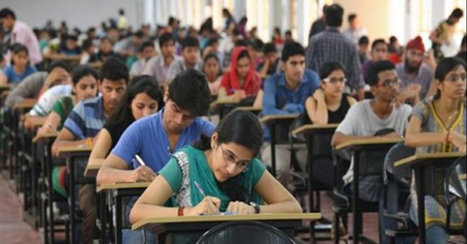 SC stays Madras HC order awarding grace marks to NEET students