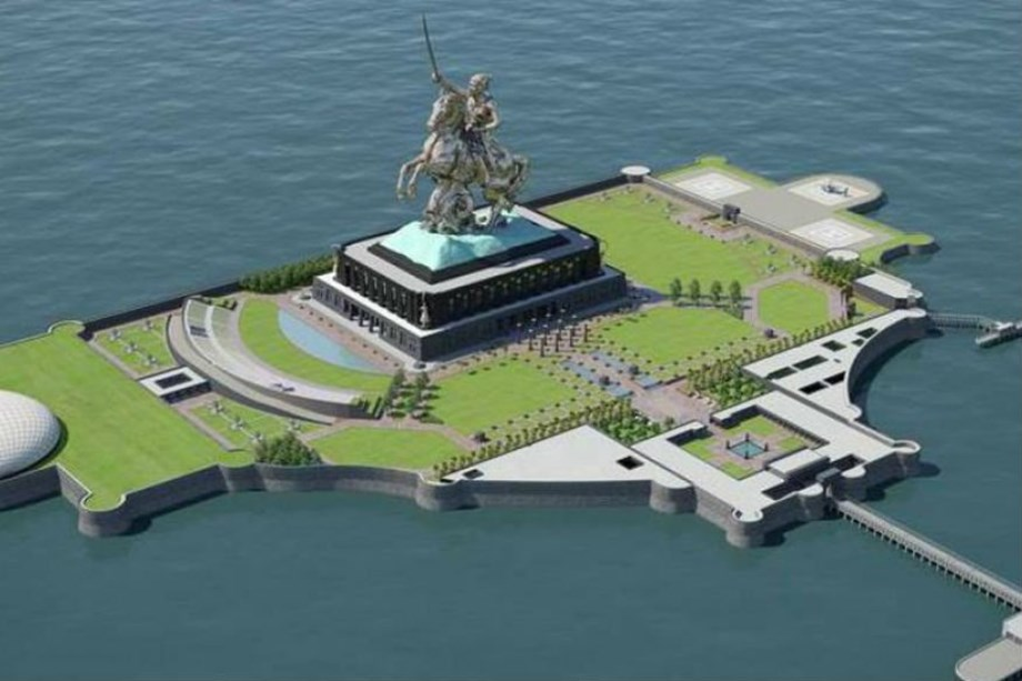 CM Fadnavis to meet opposition leaders over Shivaji statue design