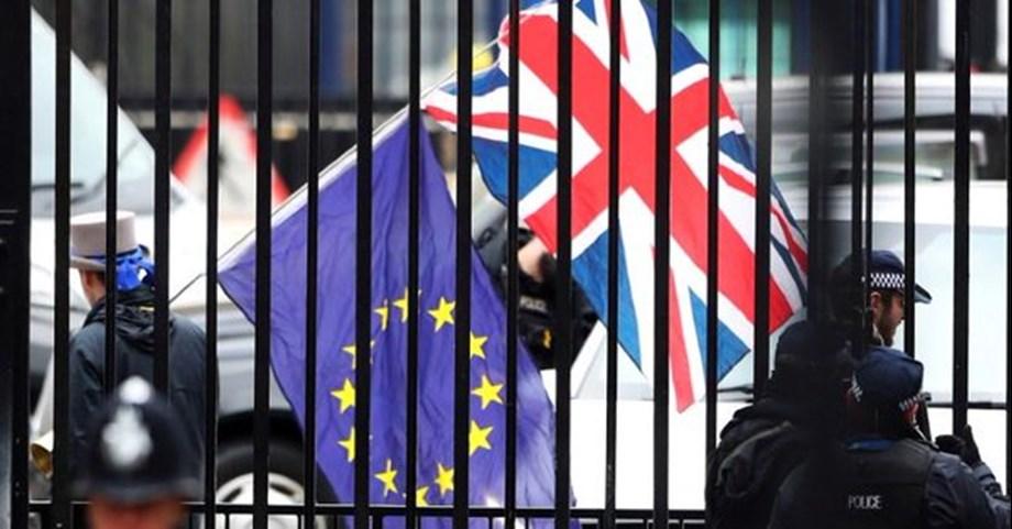 Britain's post-Brexit blueprint raises 'number of questions': Barnier