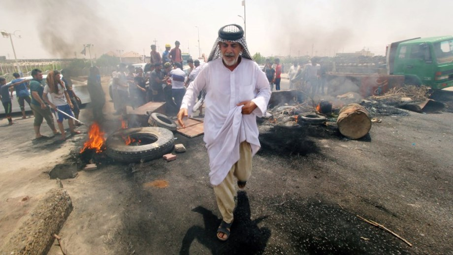 One dead as new protests shake south Iraq, reach Baghdad