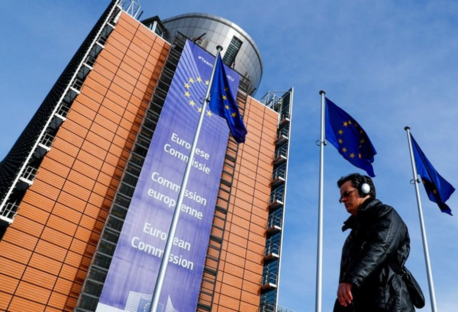 Tech firms to pay online turnover tax, proposes European Commission