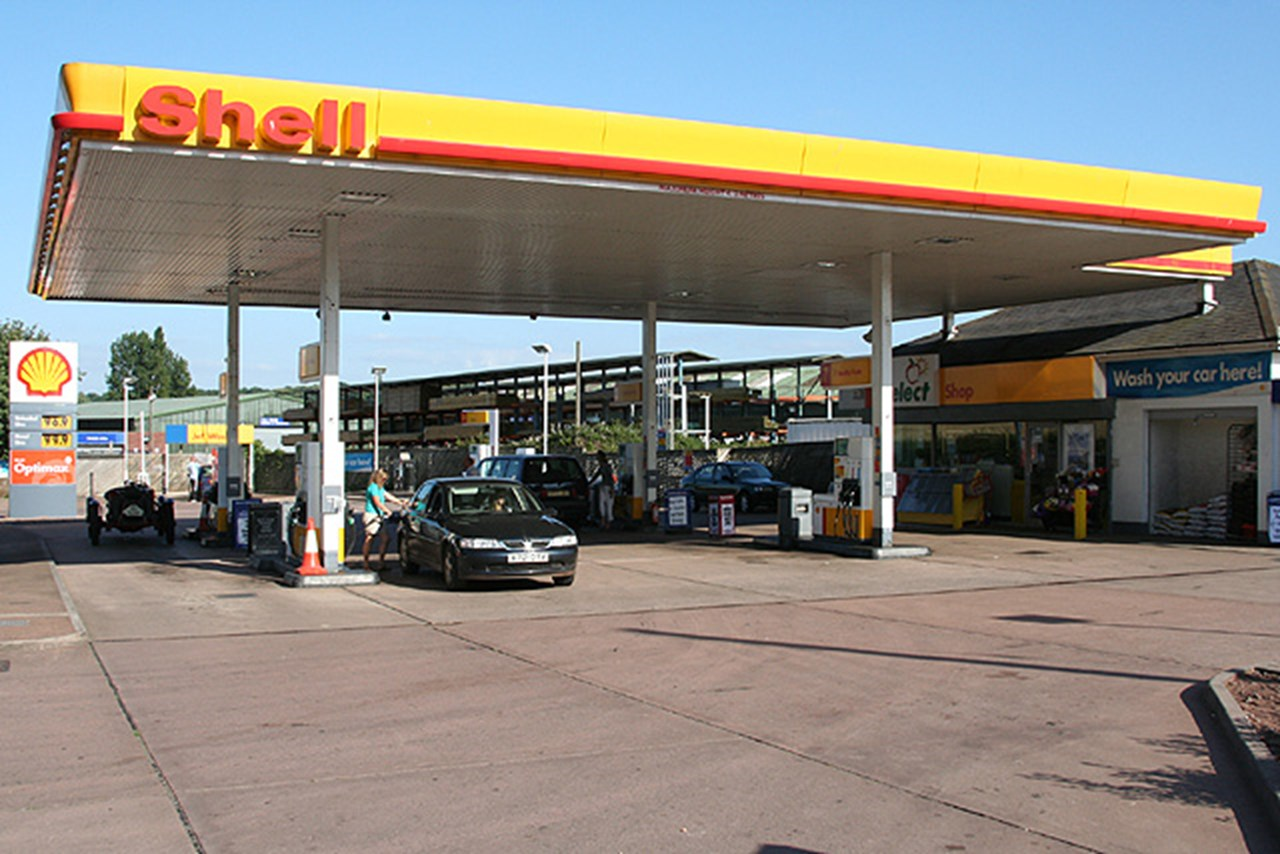 Royal Dutch Shell betting big on petrol stations