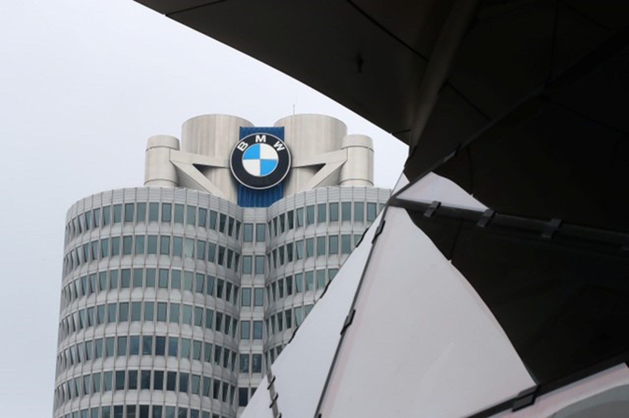 BMW actively expanding self-driving segment despite US casuality