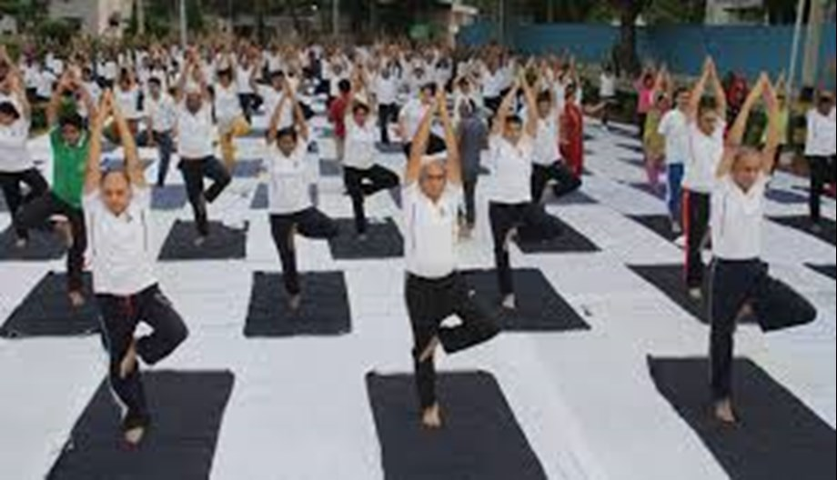 Delhiites stretch and twist to celebrate Yoga day
