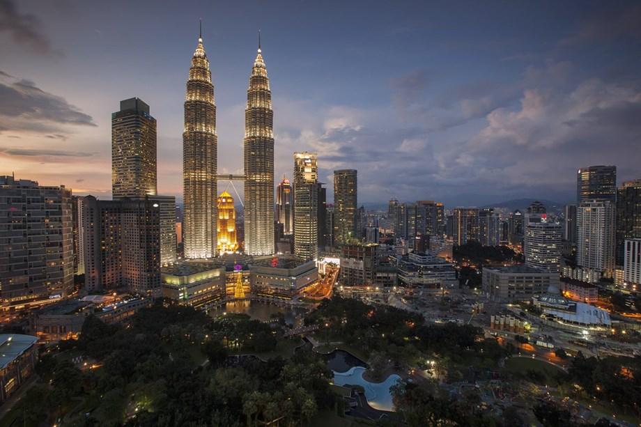 Malaysia to continue skyscraper project despite 1MDB scandal