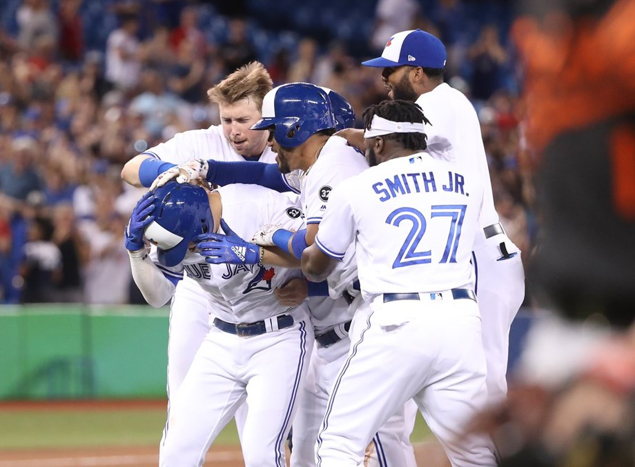 Aledmys Diaz's fourth hit sends Toronto Blue Jays past O's in 10th