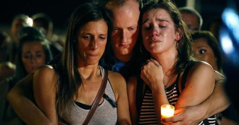 Branson boat accident, Hundreds of people at vigils mourn victims