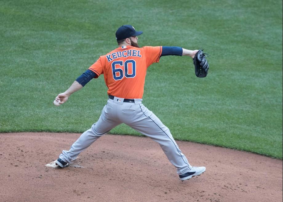 Dallas Keuchel flirts with no-hitter as Astros quiet Angels, 3-1