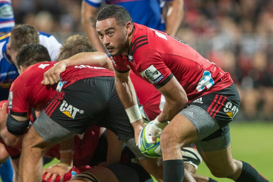 Stingy Crusaders start and finish well to devour Sharks