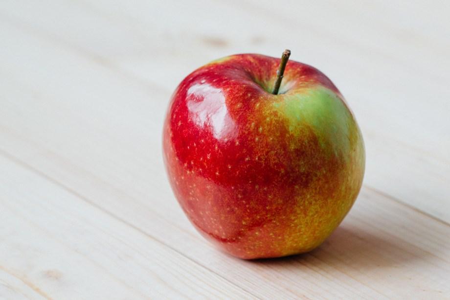 Himachal govt announces MIS for apple procurement