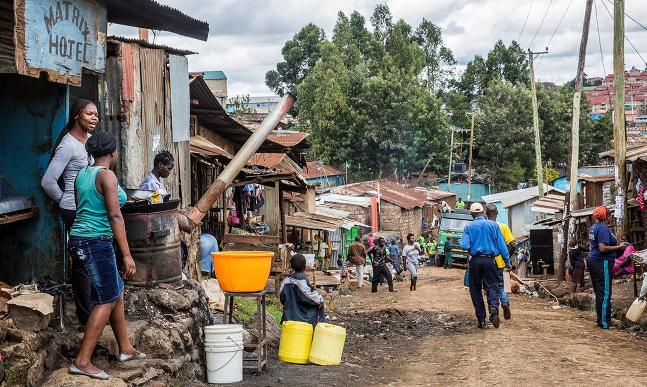 Poverty rate of Kenya fell sharply in a decade, says KNBC