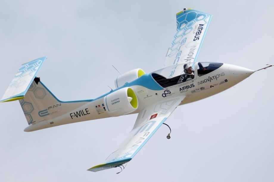 Norway to buy electric planes, following green car success