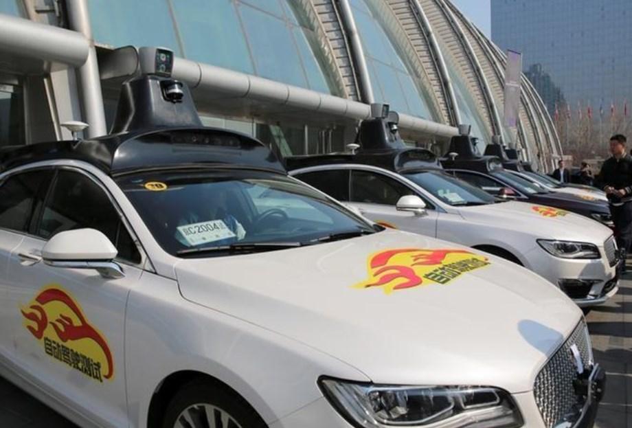 China gives Baidu thumbs up for self-driving car tests