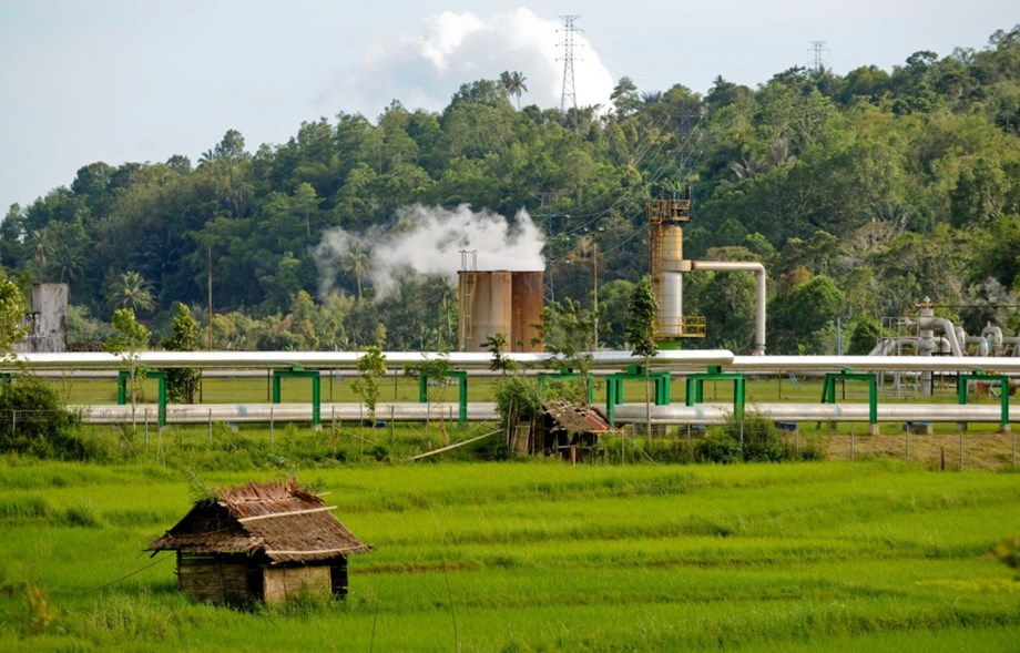 ADB lends USD 175 million geothermal investment to Western Indonesia
