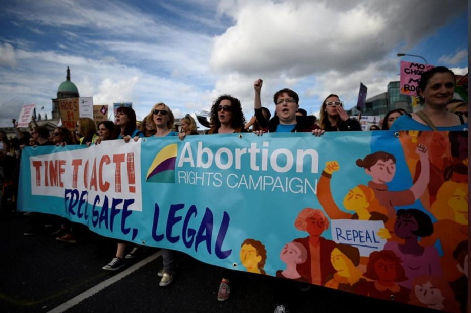 Irish deputy PM drops his opposition  to law allowing abortions
