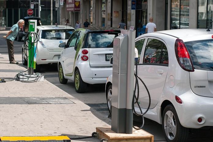 Steel battles aluminum over electric vehicle market