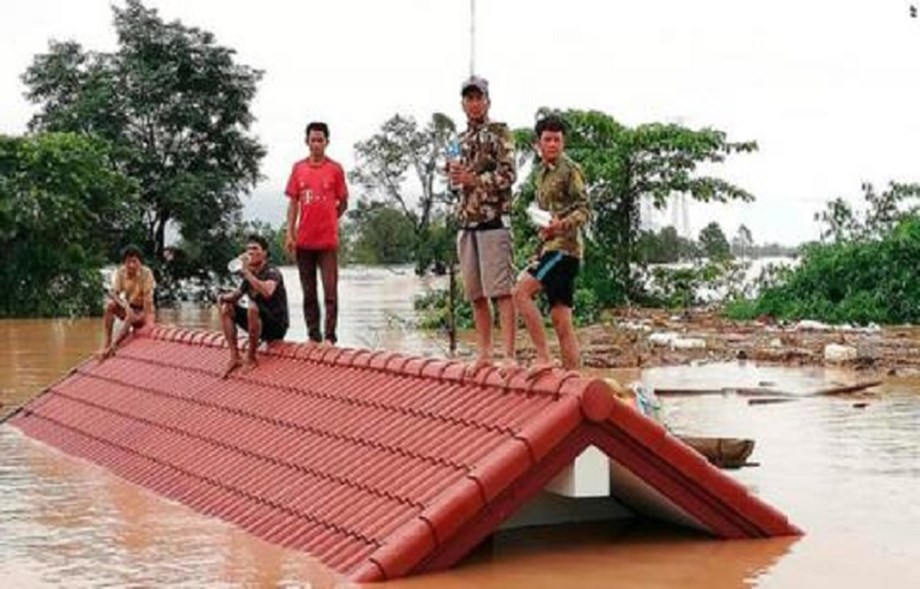 IOM allocated USD 75,000 to start its emergency relief operations in Lao Dam Disaster