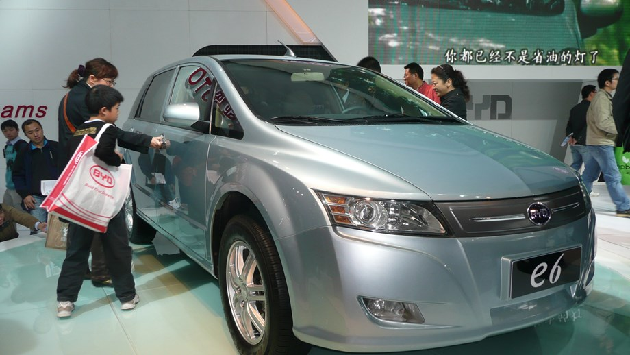 Profits to fall due to subsidy cuts, warns China's EV industry