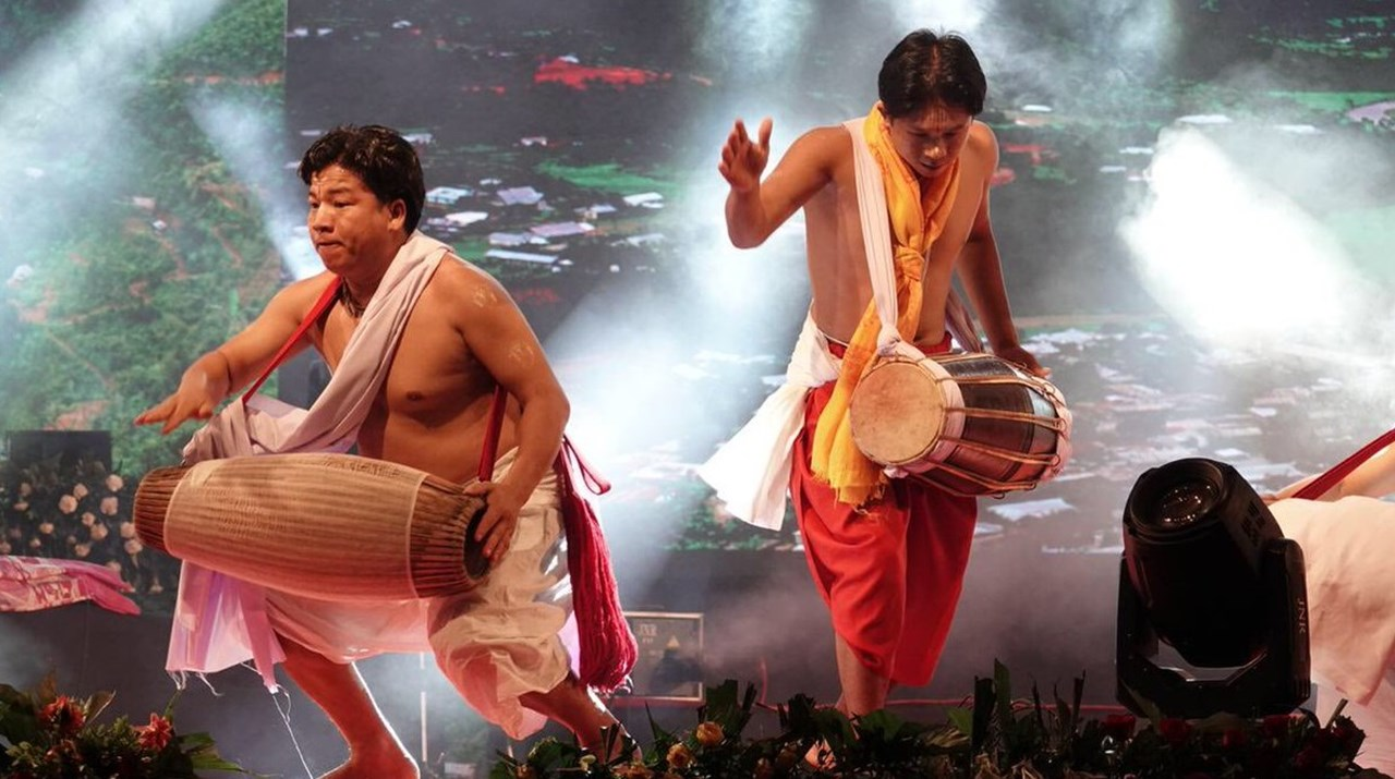 Diversified Cultural extravaganza as 'East meets West' on the penultimate day of 'Madhavpur Mela', in Gujarat