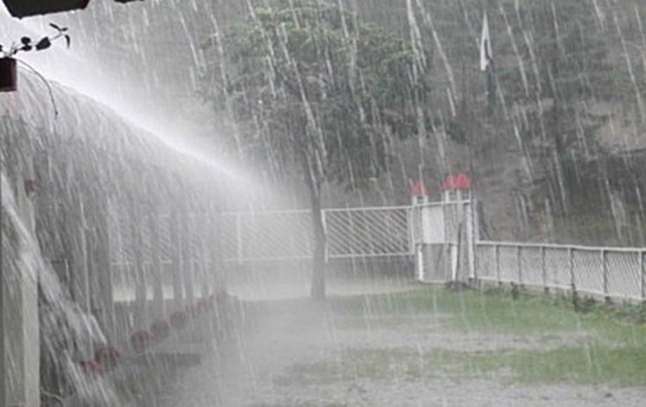 Heavy rains affect normal life in Uttarakhand
