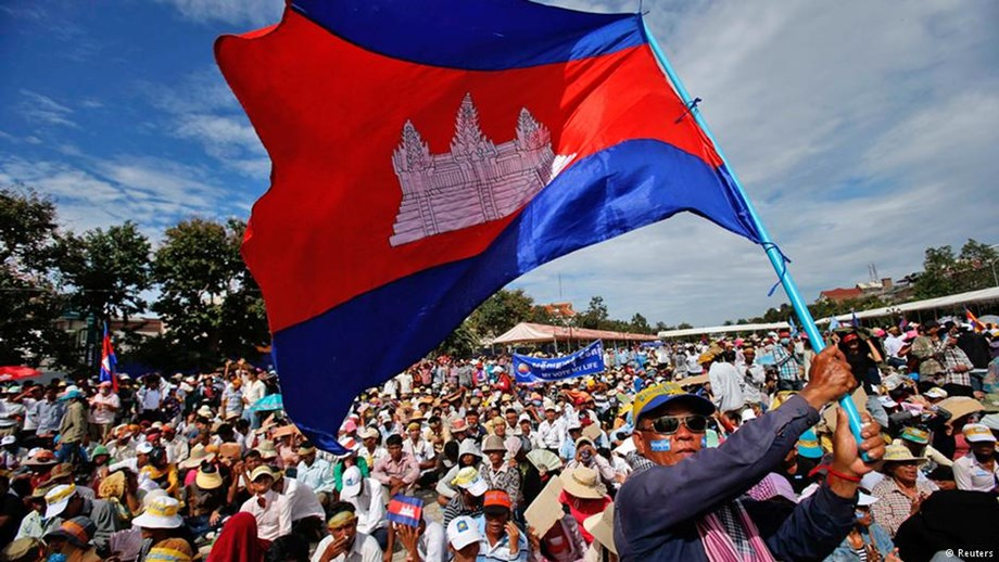 Polls start in Cambodia's general election