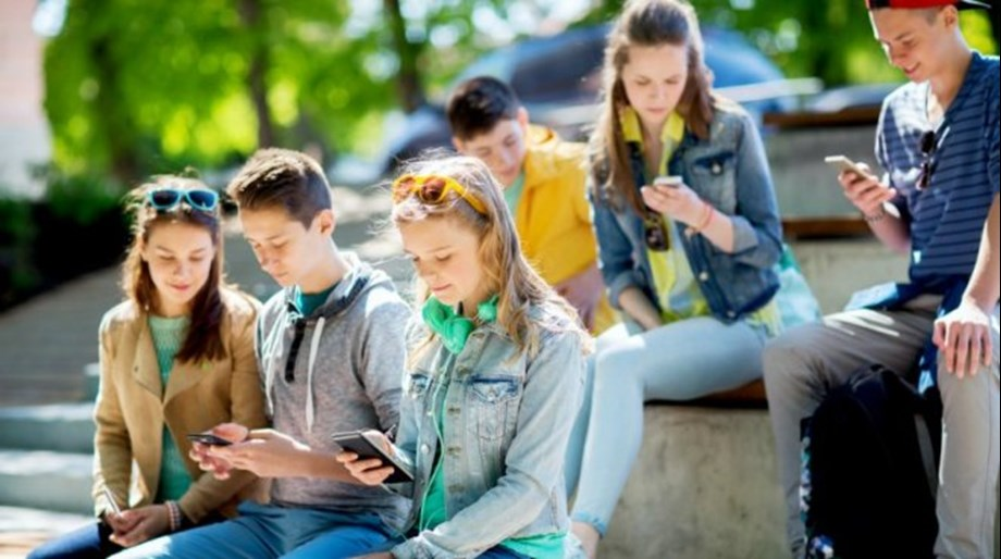 Growing concerns about Teen internet addiction