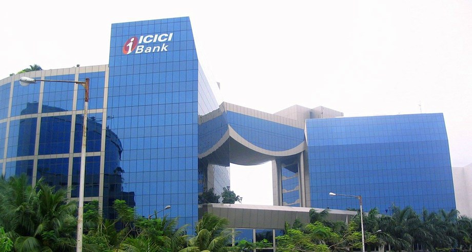 ICICI Bank shares rose 4% even after it has witnessed lost earlier