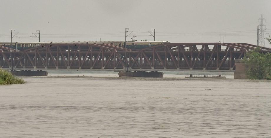 Railway traffic restored on Old Yamuna Bridge or Loha Pul