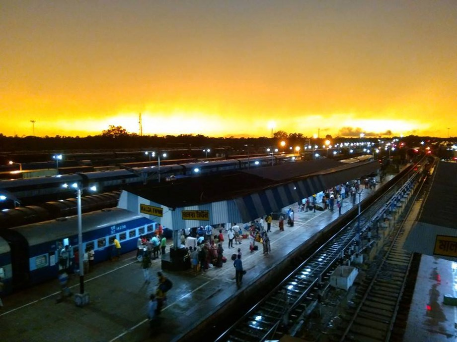 Indian Railways achieves provision of LED lights over all its stations