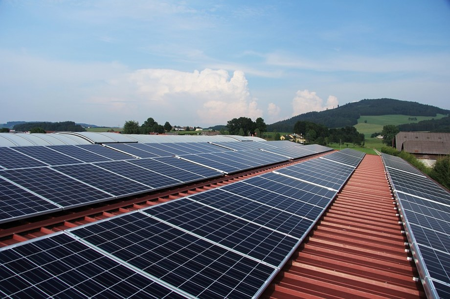 China takes the lead from Europe in renewable energies