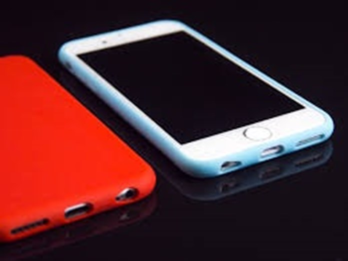 India's electronic ministry explores new duties on import of key smartphone component