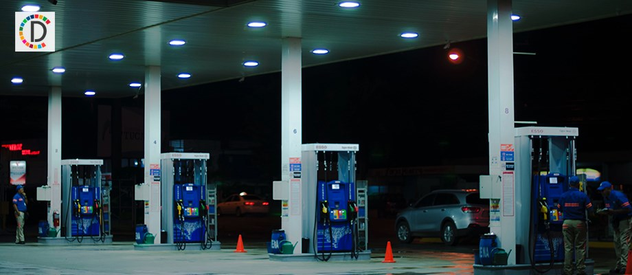 Petrol, diesel prices slumps amid fall in crude oil