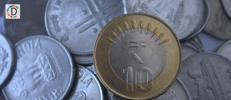 Rupee continues falling spree for 4th day; falls 19 paise