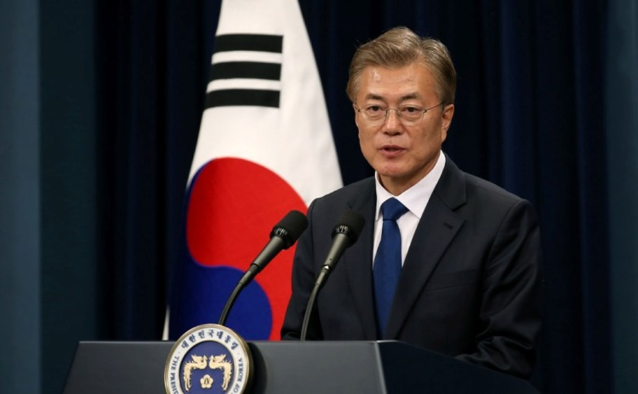 S Korea's Moon to call Trump for tension in peninsula after North's offensive